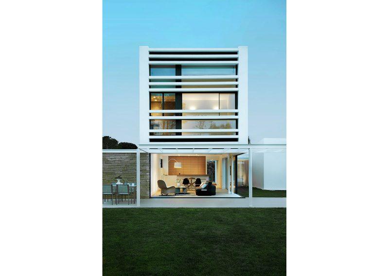 8 Houses La Pineda